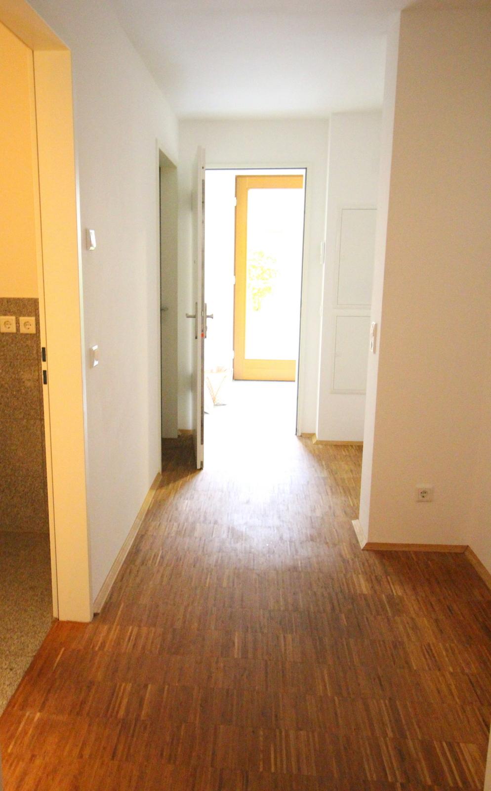dragonerstra e 30163 hannover. Black Bedroom Furniture Sets. Home Design Ideas